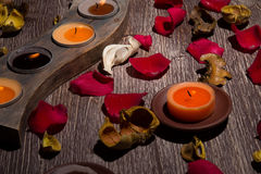 Rose Petals, potpurri och stearinljus Arkivfoto