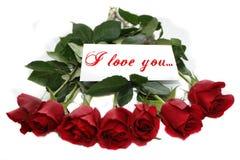 Rose rosse con la nota ti amo Fotografia Stock Libera da Diritti