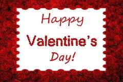 Rose rosse felici di giorno del ` s del biglietto di S. Valentino che segnano fondo con lettere incorniciato Fotografie Stock Libere da Diritti