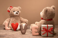 Rose rouge Coeur d'amour de Word Couples Teddy Bears Image stock
