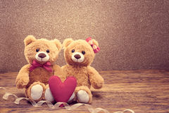 Rose rouge coeurs rouges Couples Teddy Bears Photos stock