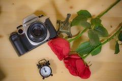 Rose rouge et temps avec une visite mémorable photographie photographie stock