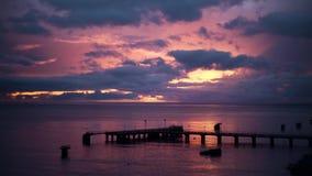 Rose Sunset en el embarcadero metrajes
