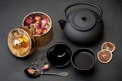 rose tea för blommagreen Arkivbilder