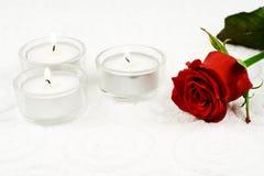 Rose und Kerzen Lizenzfreies Stockbild