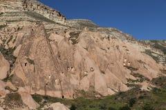 Rose Valley in Cavusin-Dorp, Cappadocia stock foto's