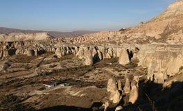 Rose Valley in Cavusin-Dorp, Cappadocia, Nevsehir, Turkije stock fotografie