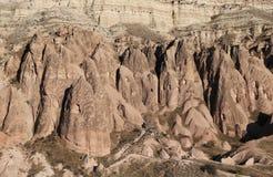 Rose Valley in Cavusin-Dorp, Cappadocia, Nevsehir, Turkije stock afbeeldingen