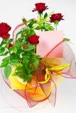Rose in vaso da fiori Immagine Stock Libera da Diritti
