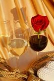 Rose, vin et concept d'amour Photos stock