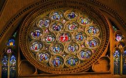 Rose Window Jesus Stained Glass-Kathedraal Toledo Spain stock foto's