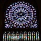 Rose Window Mary Jesus Stained del norte Notre de cristal Dame Cathedral Paris France Imagenes de archivo