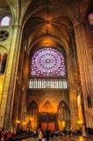 Rose Window Notre-Dame de Paris espectacular en mayo de 2014 imagenes de archivo