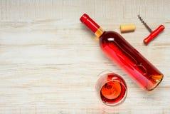Rose Wine con lo spazio della copia Fotografie Stock Libere da Diritti