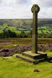 Rosedale Abbey Millennium Cross Foto de Stock