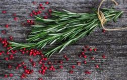 Rosemary και ρόδινο πιπέρι Στοκ Εικόνες