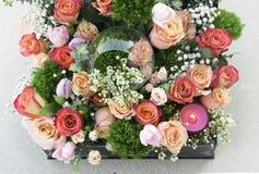 Rosen-Anordnung für Valentinstag Stockfotos