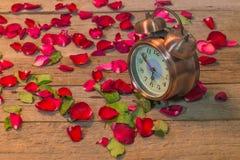 Rosen-Uhren der Liebe Stockbilder