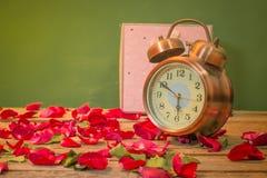 Rosen-Uhren der Liebe Lizenzfreies Stockfoto