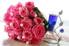 Rosen und Kerze Stockbilder