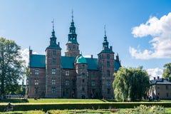 Rosenborg slottträdgårdar och slotten i Köpenhamn Royaltyfri Foto