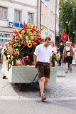Rosenheim, Alemania, 09/04/2016: Desfile del festival de la cosecha en Rosenheim imagenes de archivo