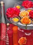 Roses et bougies de flottement 3 Images libres de droits