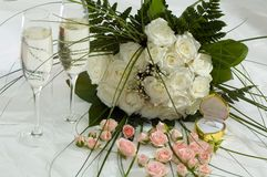 Roses et champagne Photo libre de droits