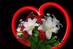 Roses et lis rouges pour le valentine Image libre de droits