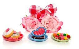 Roses et sucrerie roses Image libre de droits
