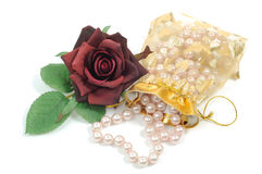 Roses and pearls Royalty Free Stock Photos