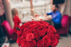 Roses pour le jour du ` s de Valentine photographie stock