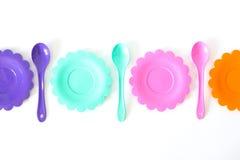 Roses, pourpre, bleu vert, les plats de couleur ont placé d'isolement sur le blanc Photos libres de droits
