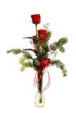 Roses rouges dans un vase en cristal Photographie stock libre de droits
