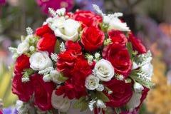 Roses rouges pour l'amour pour le jour du ` s de Valentine Images stock