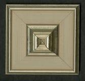 Rosette décorative carrée tétraédrique des bandes de encadrement en bois Images libres de droits
