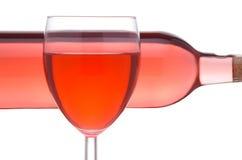 Rosewein mit Glas und Korkenzieher lizenzfreies stockbild