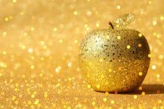 Rosh hashanah & x28; żydowski nowego roku holiday& x29; pojęcie Tradycyjny symbol, dekoracyjny błyskotliwości złota jabłko obraz royalty free