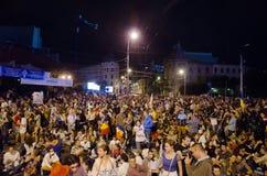 Rosia Montana Protest em Bucareste, Roménia - 8 de setembro (10) Imagens de Stock