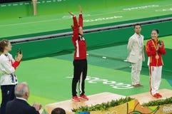 Rosie MacLennan, een Canadese trampolineturner in Rio2016 Stock Foto