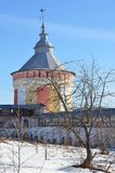 Rosja, defencive wierza antyczny Spaso-Prilutsky monaster w Vologda obraz royalty free