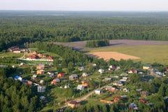 Rosja, Moskwa region Widok z lotu ptaka lato domy Fotografia Stock