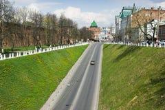 ROSJA, NIZHNY NOVGOROD: ściana i wierza Nizhny Obrazy Stock