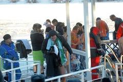 Rosja, Petersburg, 19,01,2014 ludzie podczas tradycyjnego Epi Obrazy Stock
