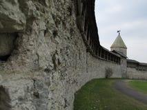 Rosja, Pskov, Pskov Kremlin w wczesnej wiośnie zdjęcie royalty free