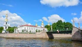 Rosja, St Petersburg lata czasu sceniczny widok obraz stock