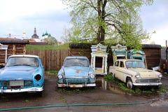 Rosja: Starzy Radzieccy samochody gatunku ` Volga ` zdjęcie stock