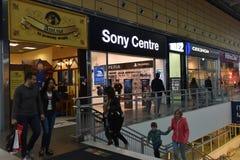 Rosja, StPetersburg, 22,07,2017 Sony Sklepowy centrum w shoppi Obraz Stock