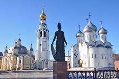 Rosja Vologda, Katedralny Sobornaya, Kremlevskaya kwadrat w wio?nie, opuszcza? Voskresensky katedr?, Katedralny dzwonkowy wierza, zdjęcie royalty free