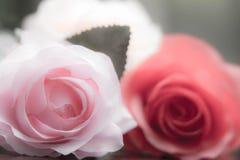 Rosor som göras av tyg royaltyfri bild